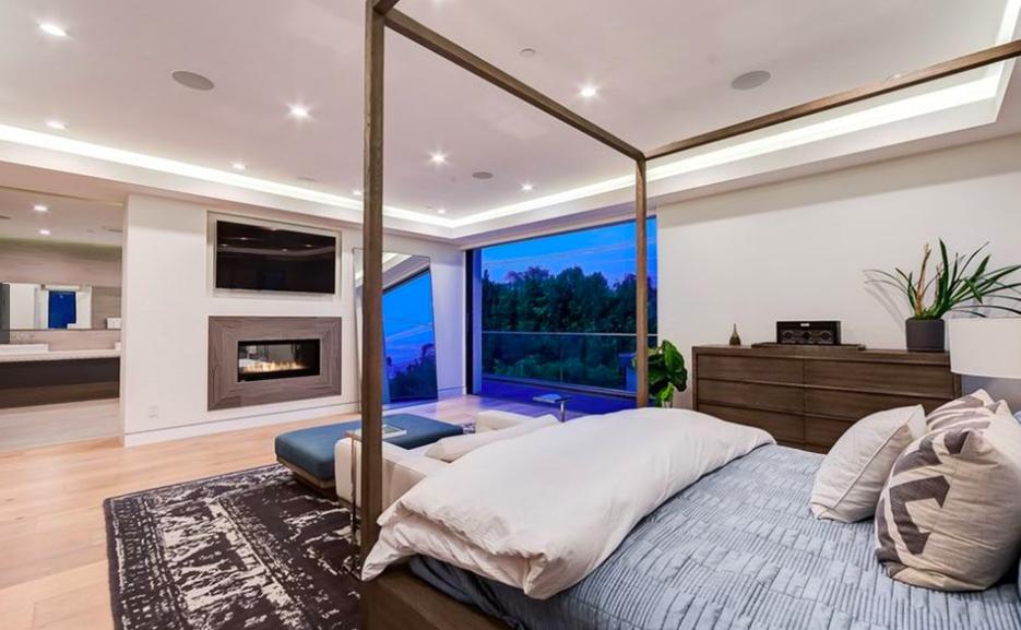 Belinda nueva mansión