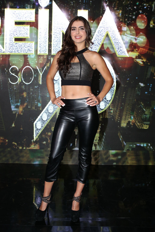Michelle Renaud, looks, sexy