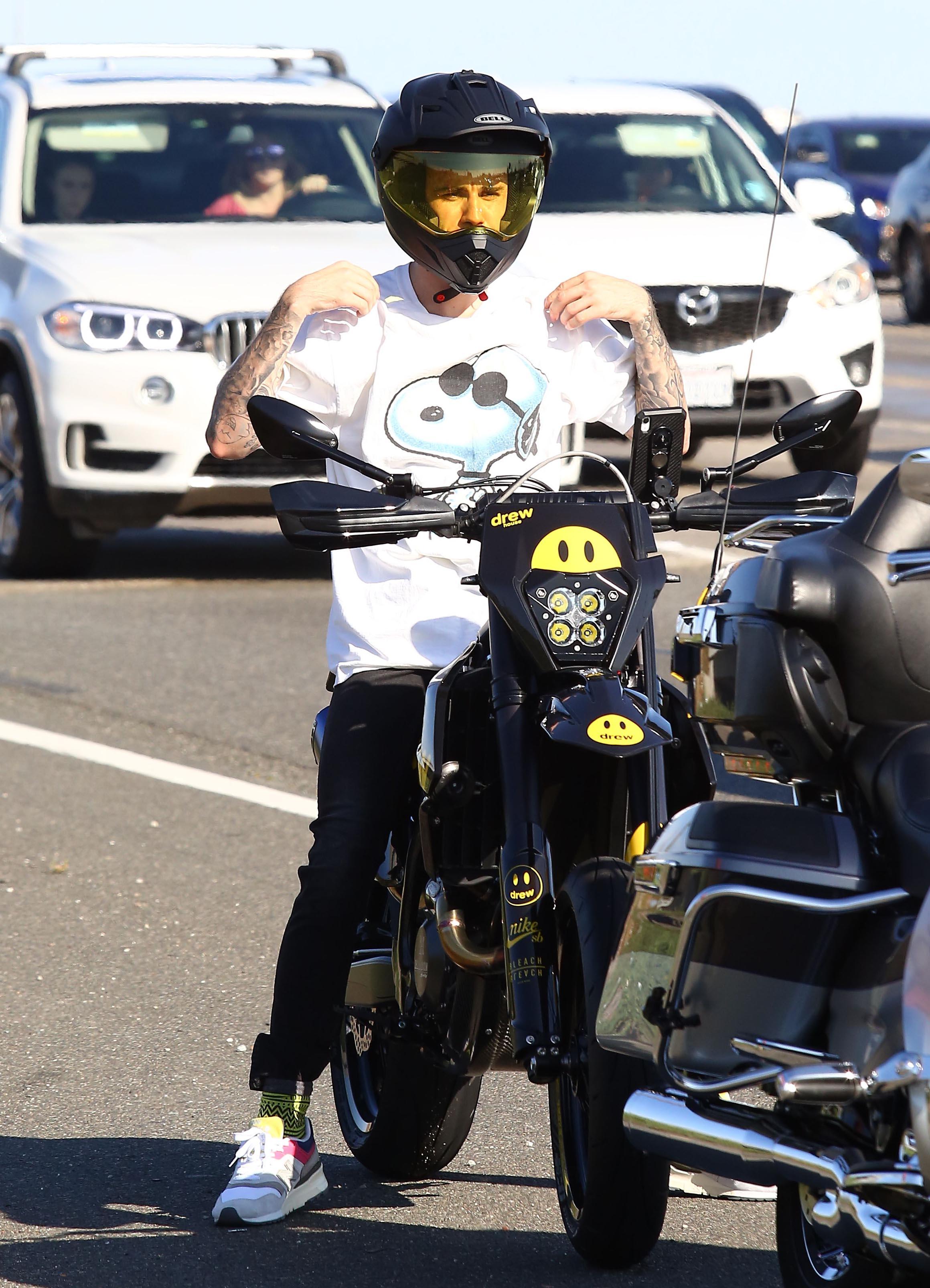 Justin Bieber motocicleta en los angeles