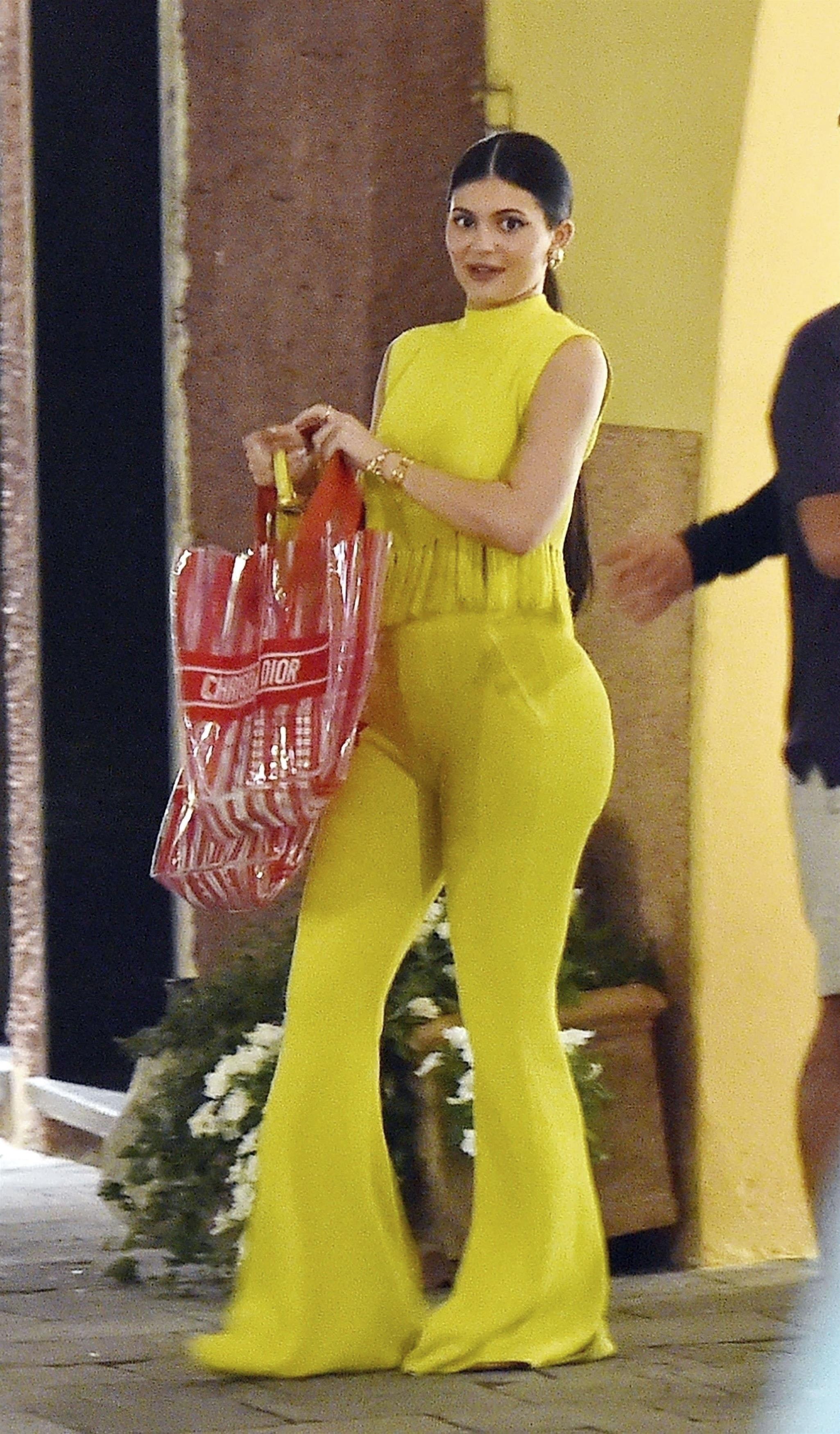 Kylie Jenner, looks, vacaciones, italia