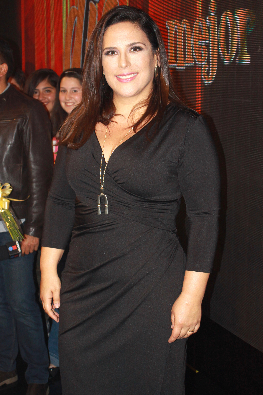 AngelicaVale-YMananaSeraOtroDia035