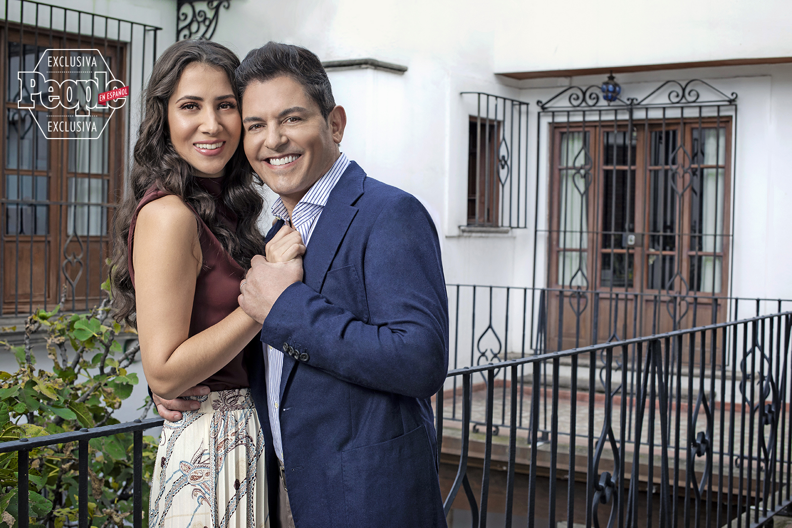 Patricia Rodriguez Es La Esposa De Ernesto Laguardia