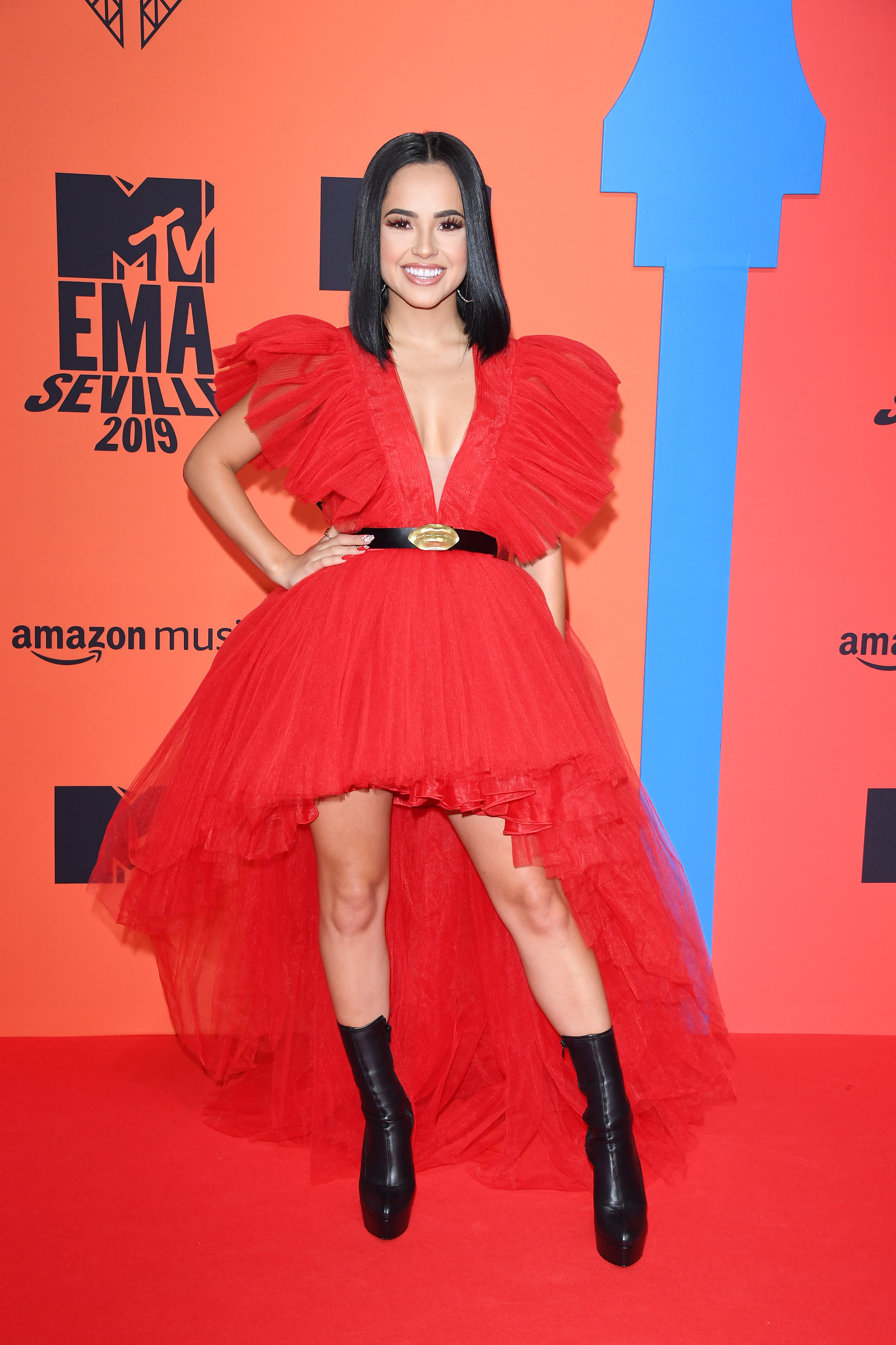 Becky G, look, MTV EMAs