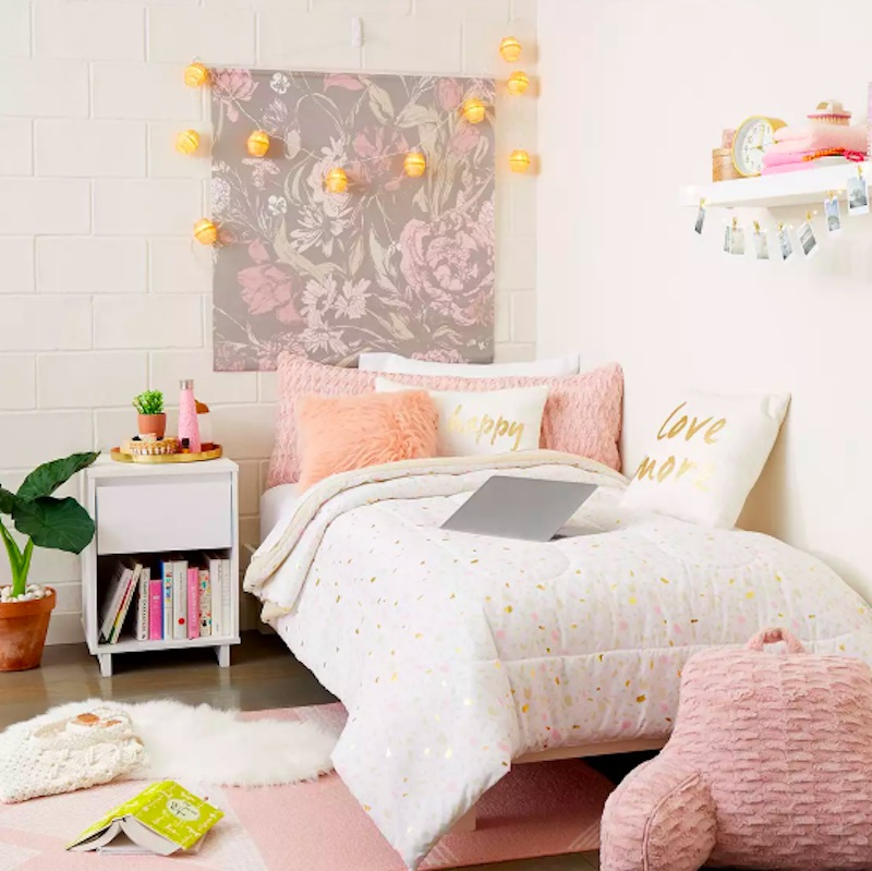 How To Decorate Your Entire Dorm Room At Target For Less Than 100 Real Simple