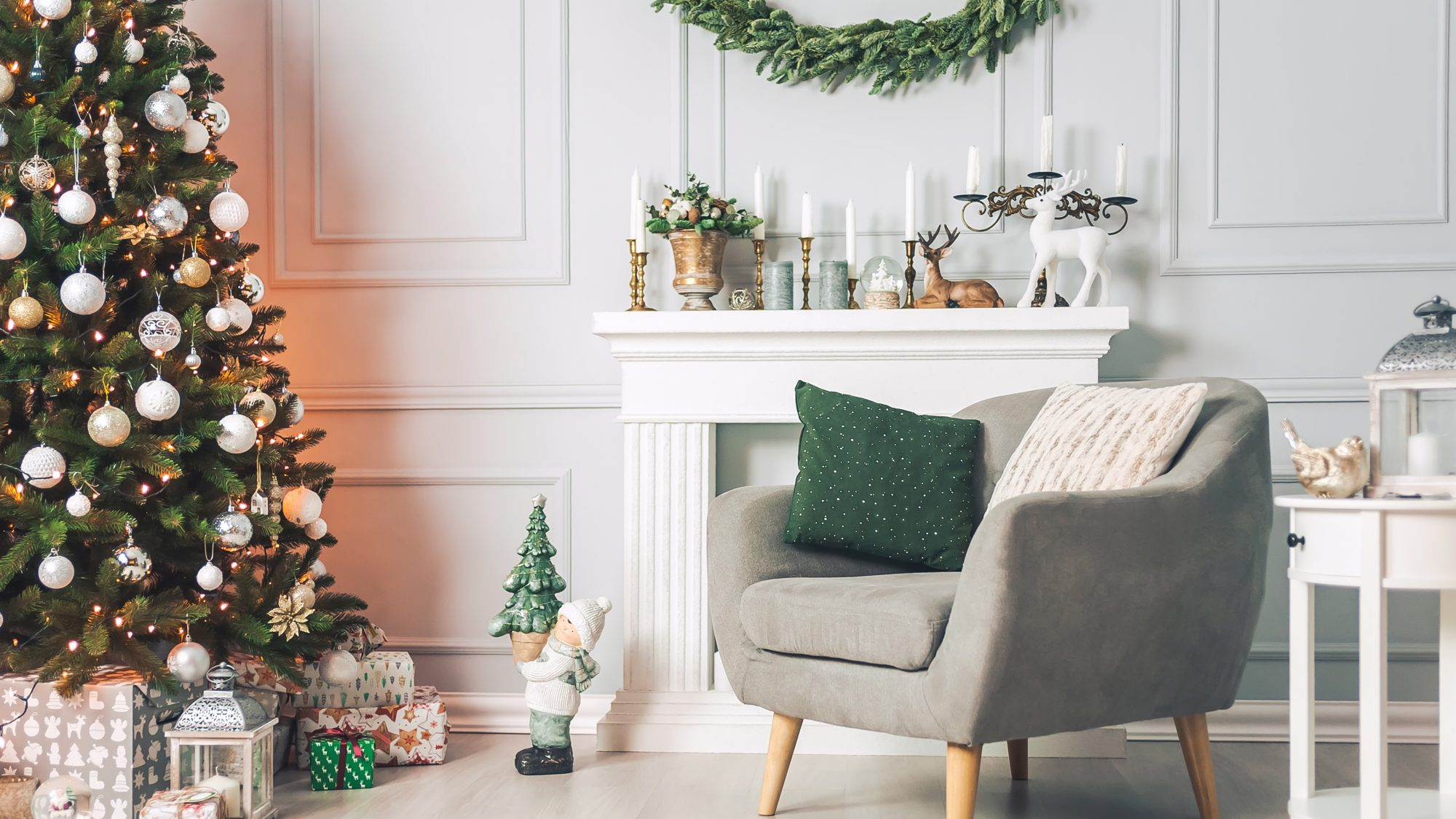 How To Decorate Your Small Space For The Holidays Real Simple
