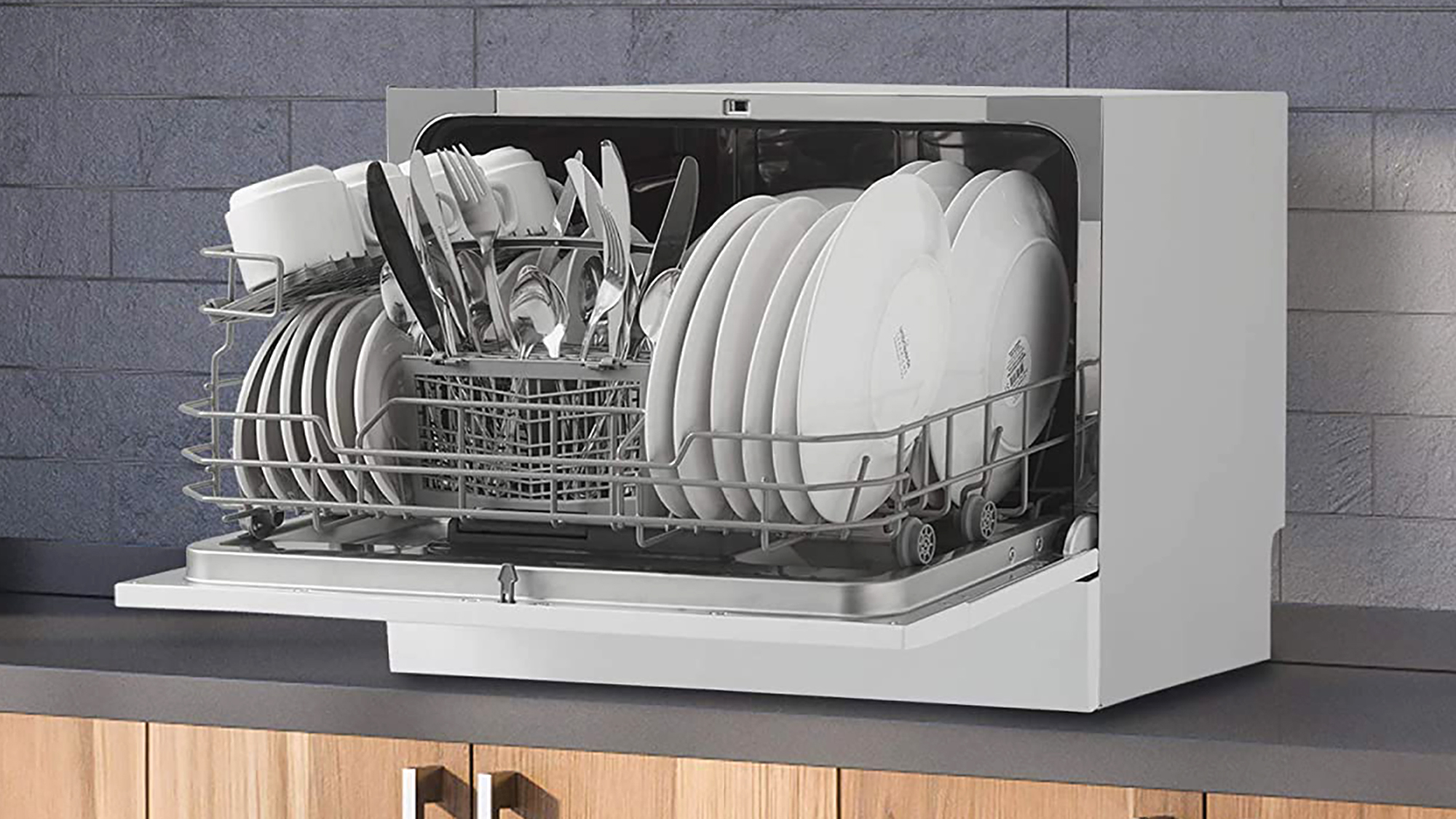 The 6 Best Countertop Dishwashers of 2021, According to Reviews | Real  Simple