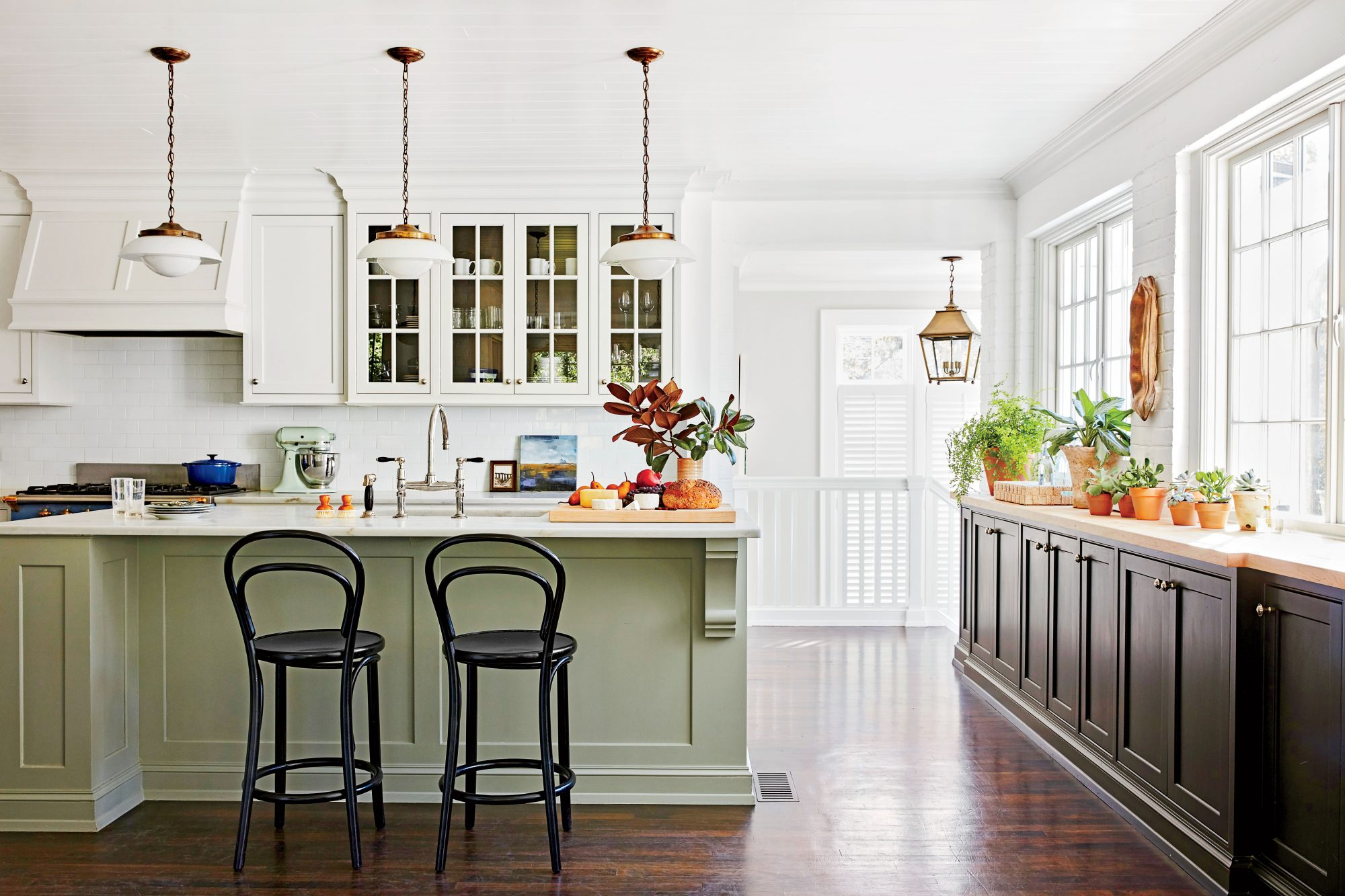 12 Kitchen Design Trends We Predict Will Be Everywhere In 2021 Southern Living