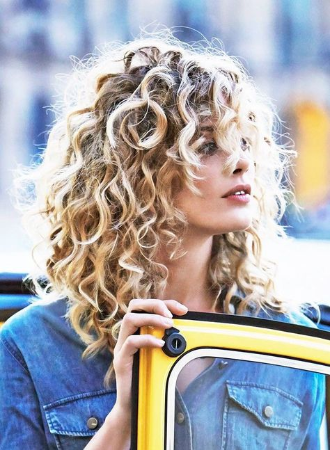 The Best Haircuts For Curly Haired Beauties Southern Living