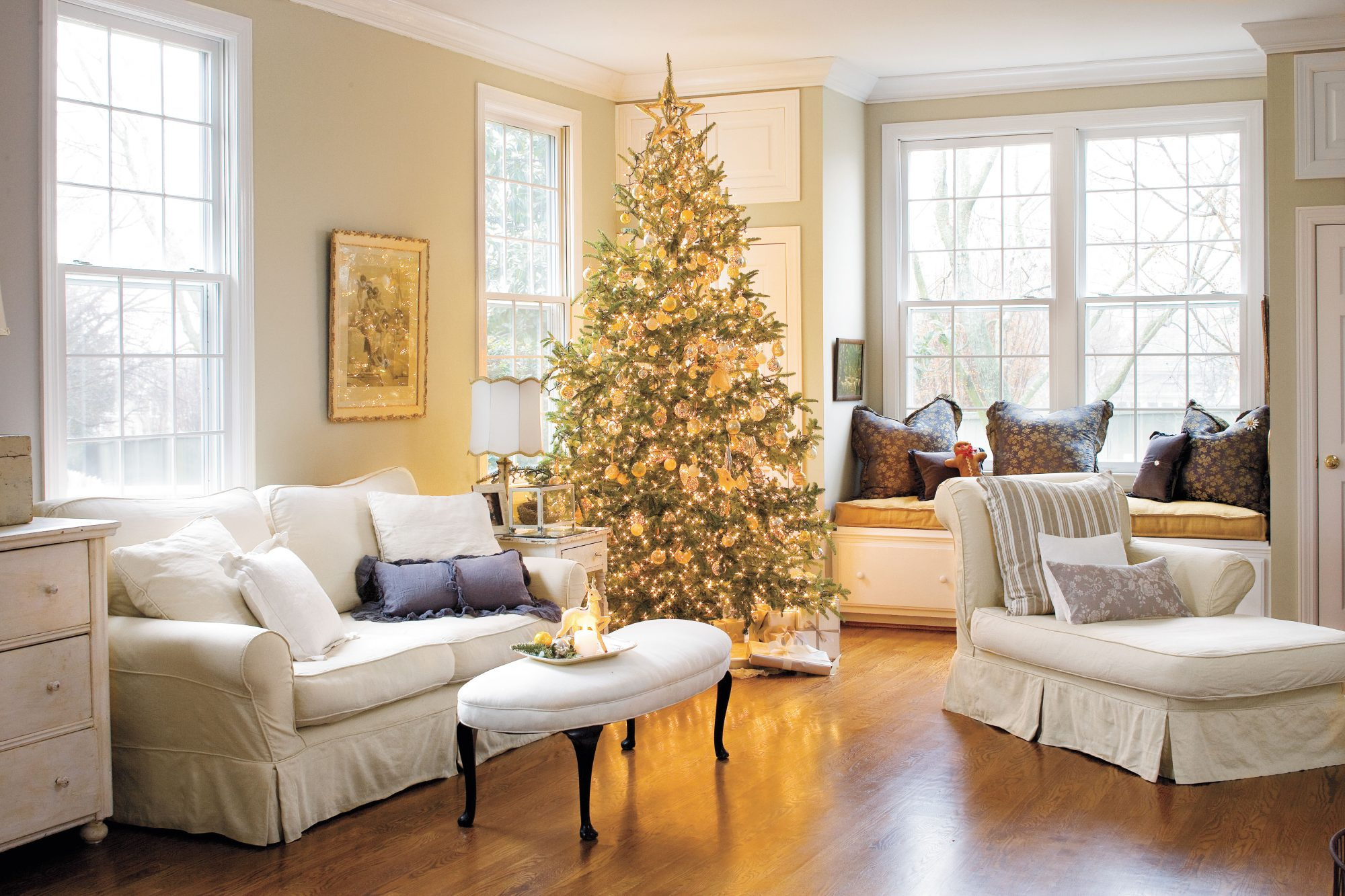 This Home Is Filled With Vintage Christmas Decor Ideas Southern Living