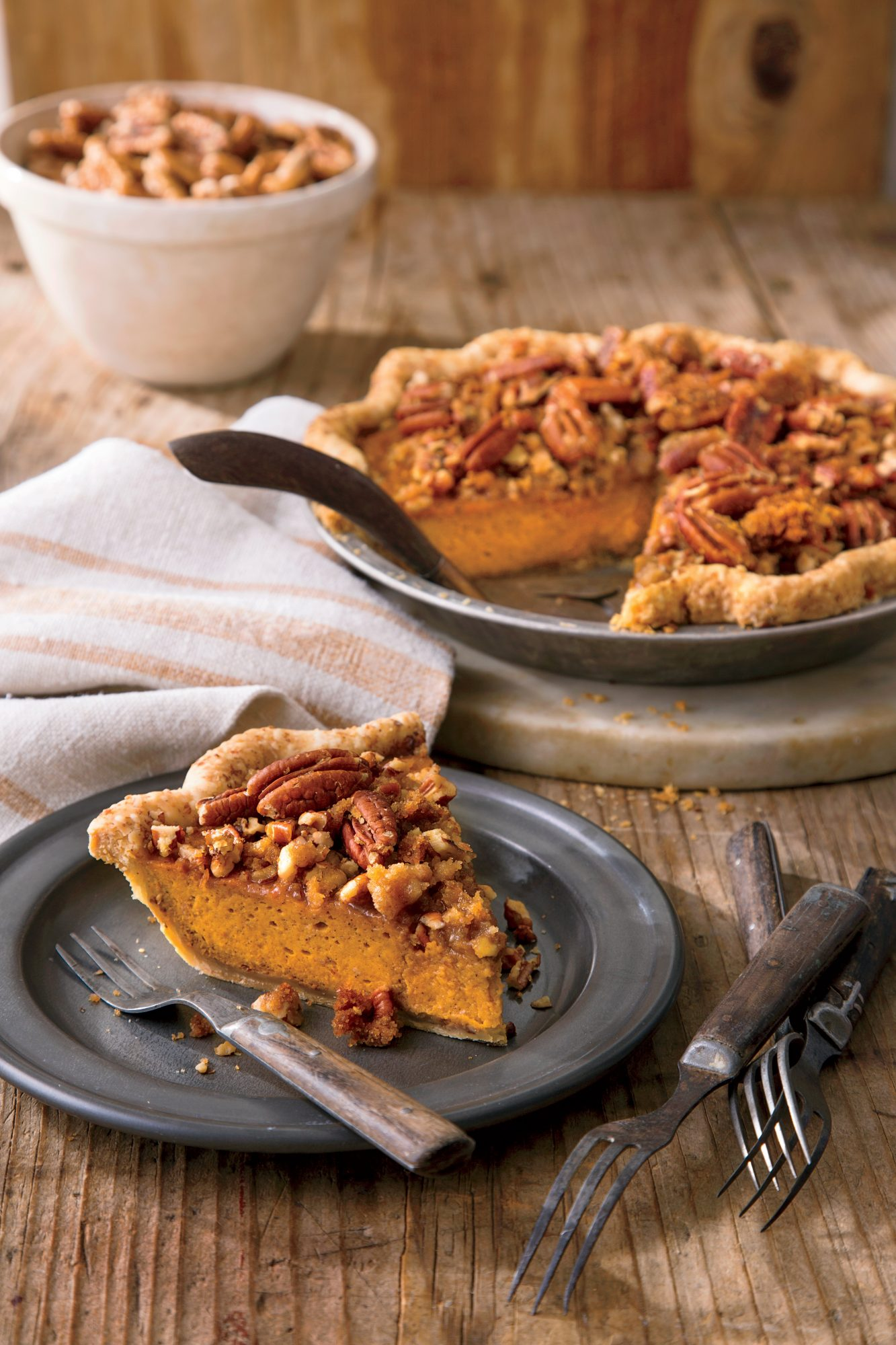 What Can You Make With Pecans And Pumpkin