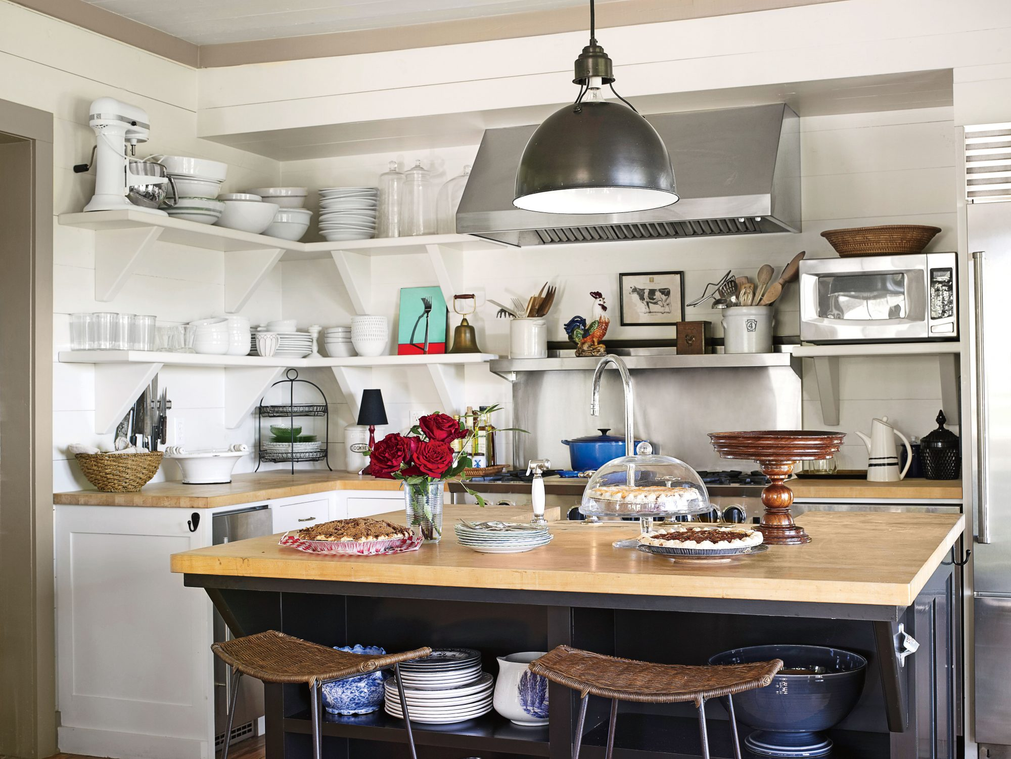 Our Best Cottage Kitchens Ranch House Kitchen Galley Ideas on ranch cook kitchen, ranch open concept, ranch home kitchen, ranch living room, ranch covered porch, ranch great room,