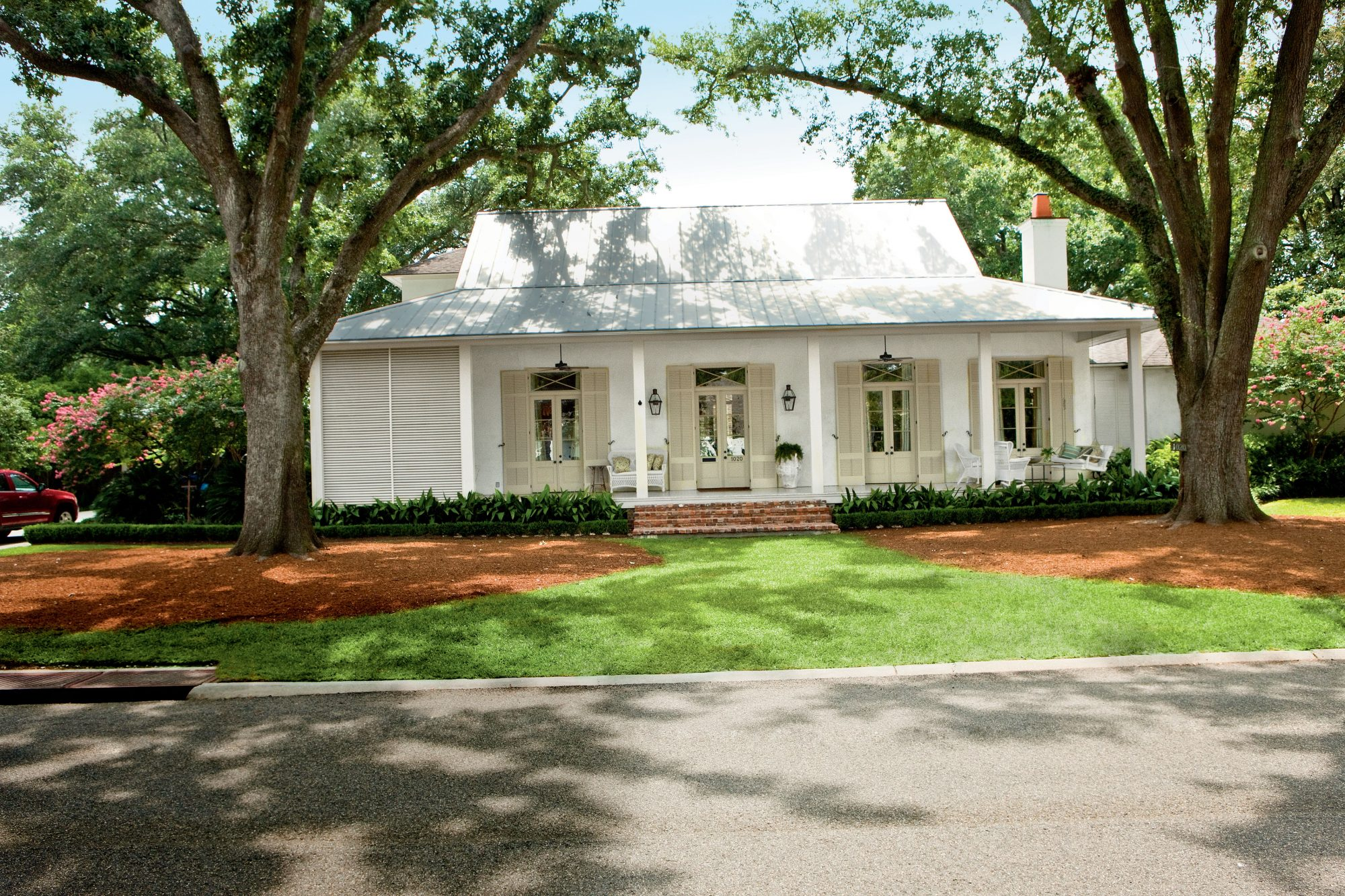Charming Home Exteriors on townhome exterior design ideas, ranch home interior ideas, ranch home lighting, exterior house paint color ideas, ranch home bathroom ideas, ranch home kitchen ideas, fireplace exterior design ideas, ranch home bedroom, strip mall exterior design ideas, ranch garage addition ideas, rambler exterior design ideas, exterior front entrance design ideas, large ranch home exterior ideas, ranch house exterior remodel, mobile home landscaping ideas, townhouse exterior design ideas, exterior ranch remodel ideas, ranch exterior color ideas, ranch landscaping design ideas, ranch home entryway design ideas,