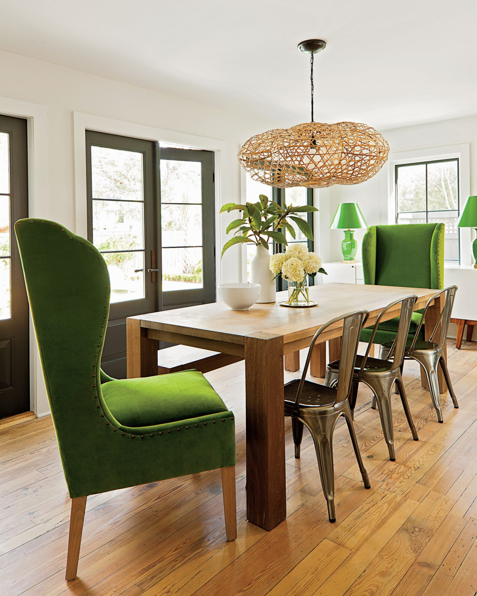 Swell Dazzling Dining Room Before And After Makeovers Spiritservingveterans Wood Chair Design Ideas Spiritservingveteransorg