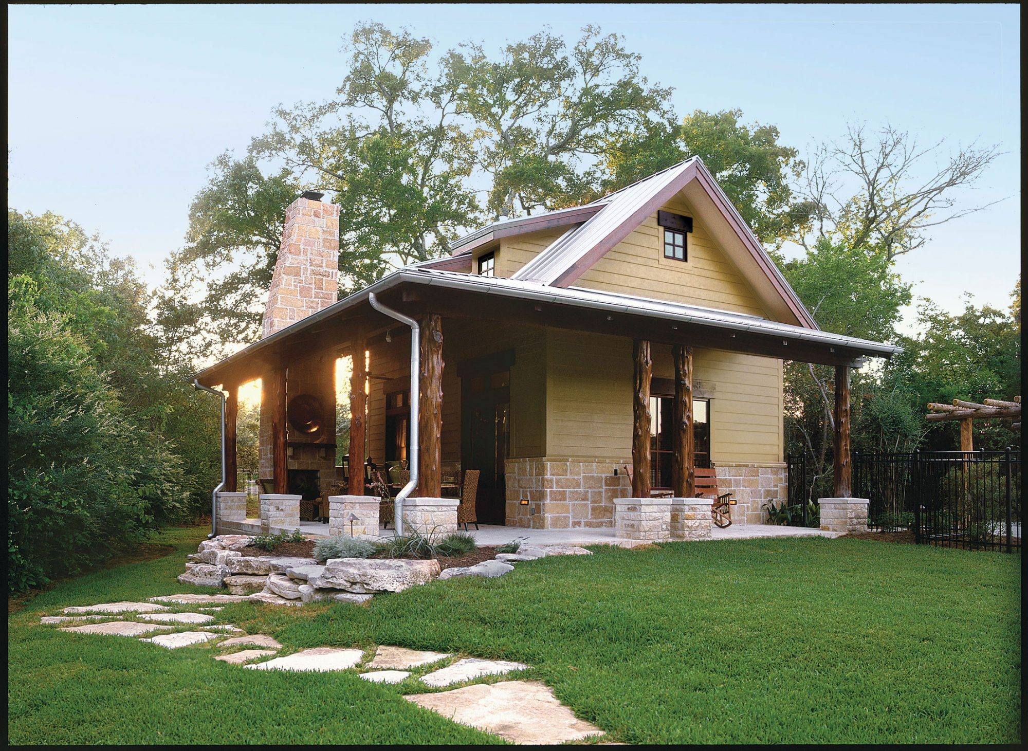 Cabins & Cottages Under 1,000 Square Feet | Southern Living