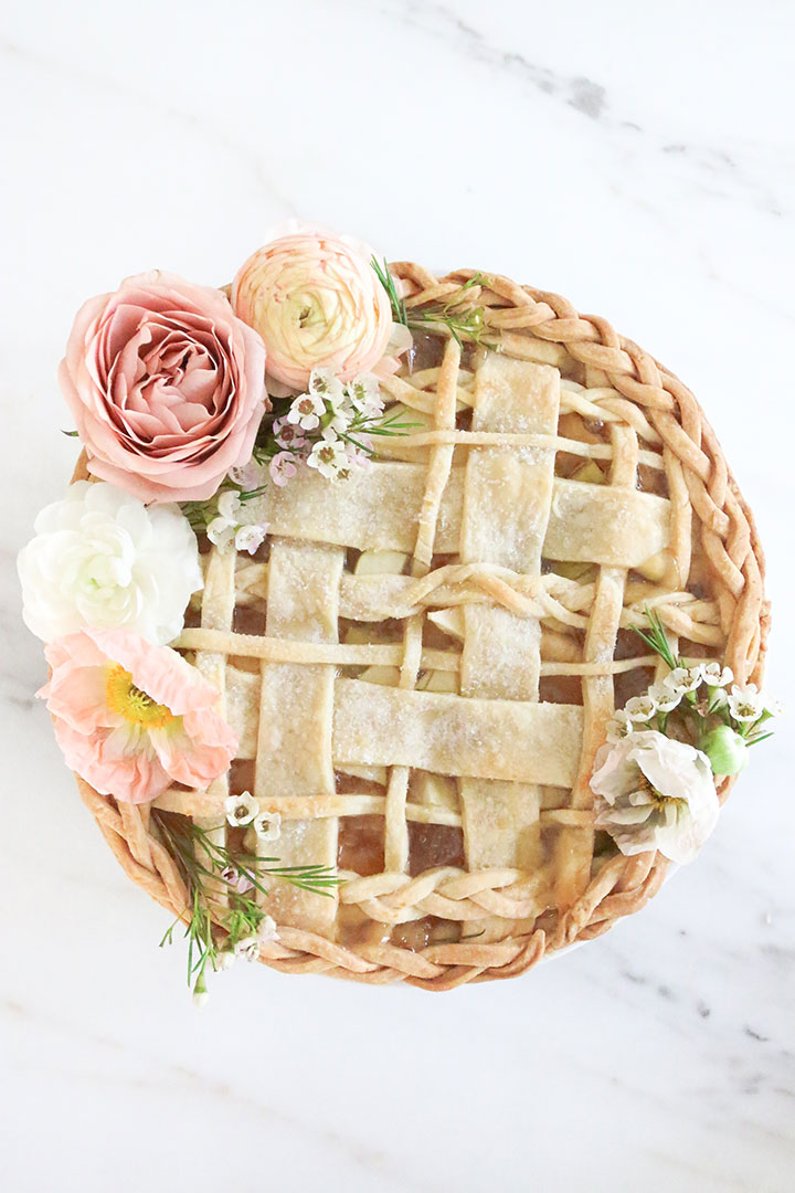 Seven Ways to Serve Pie at Your Wedding  Southern Living