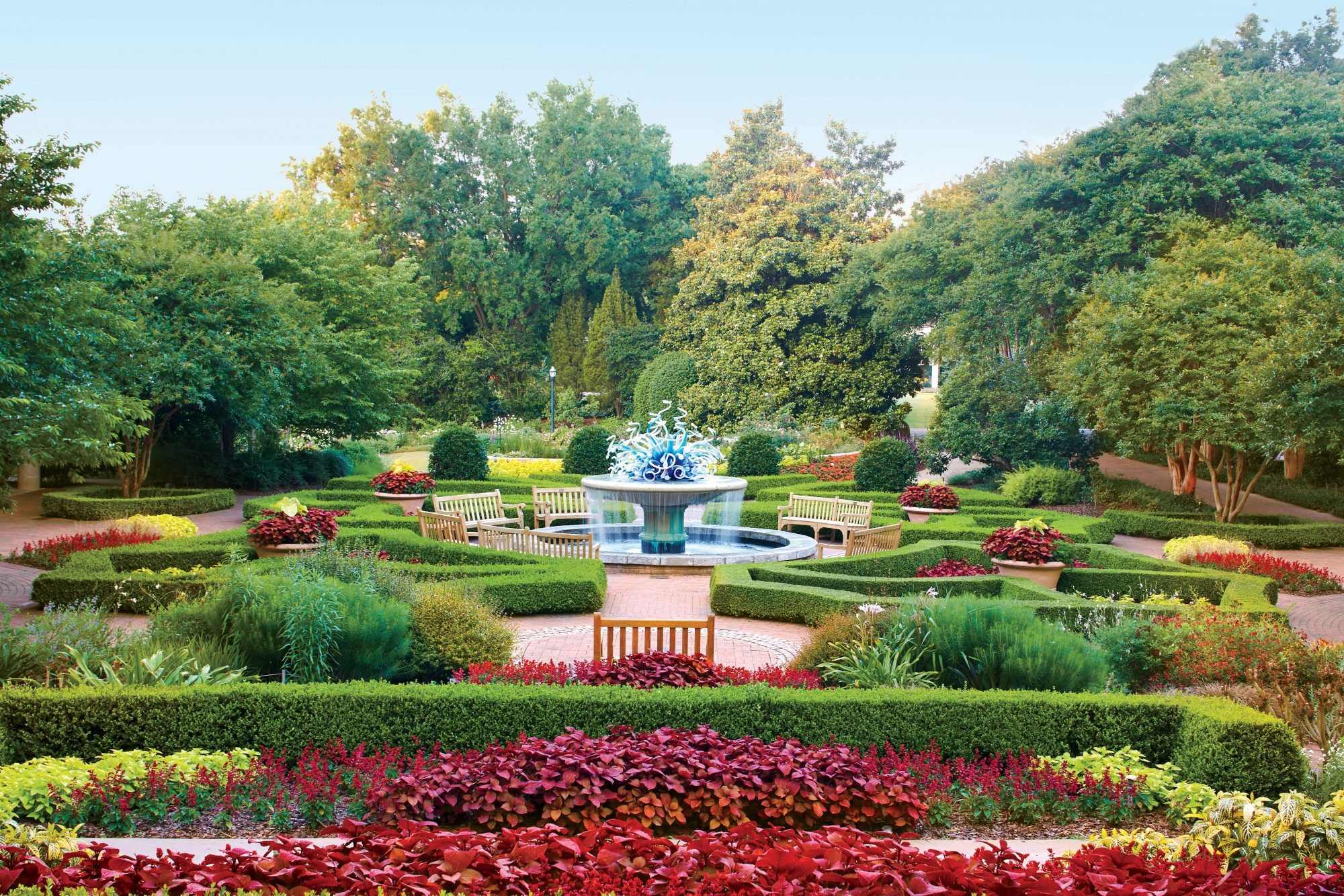 These Must-Visit Botanical Gardens Will Give You Spring Fever on garden club underwater designs, blue ribbon garden club designs, garden club flower show designs,
