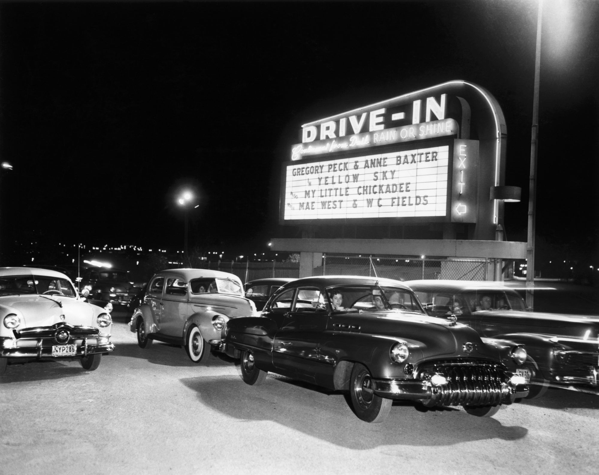 The Best Drive In Movie Theaters In The South To Visit Now Southern Living