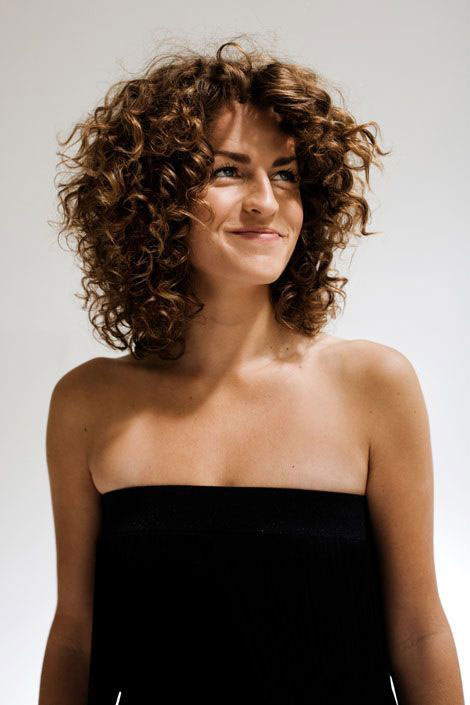 Short Curly Hair With Bangs And Layers 29