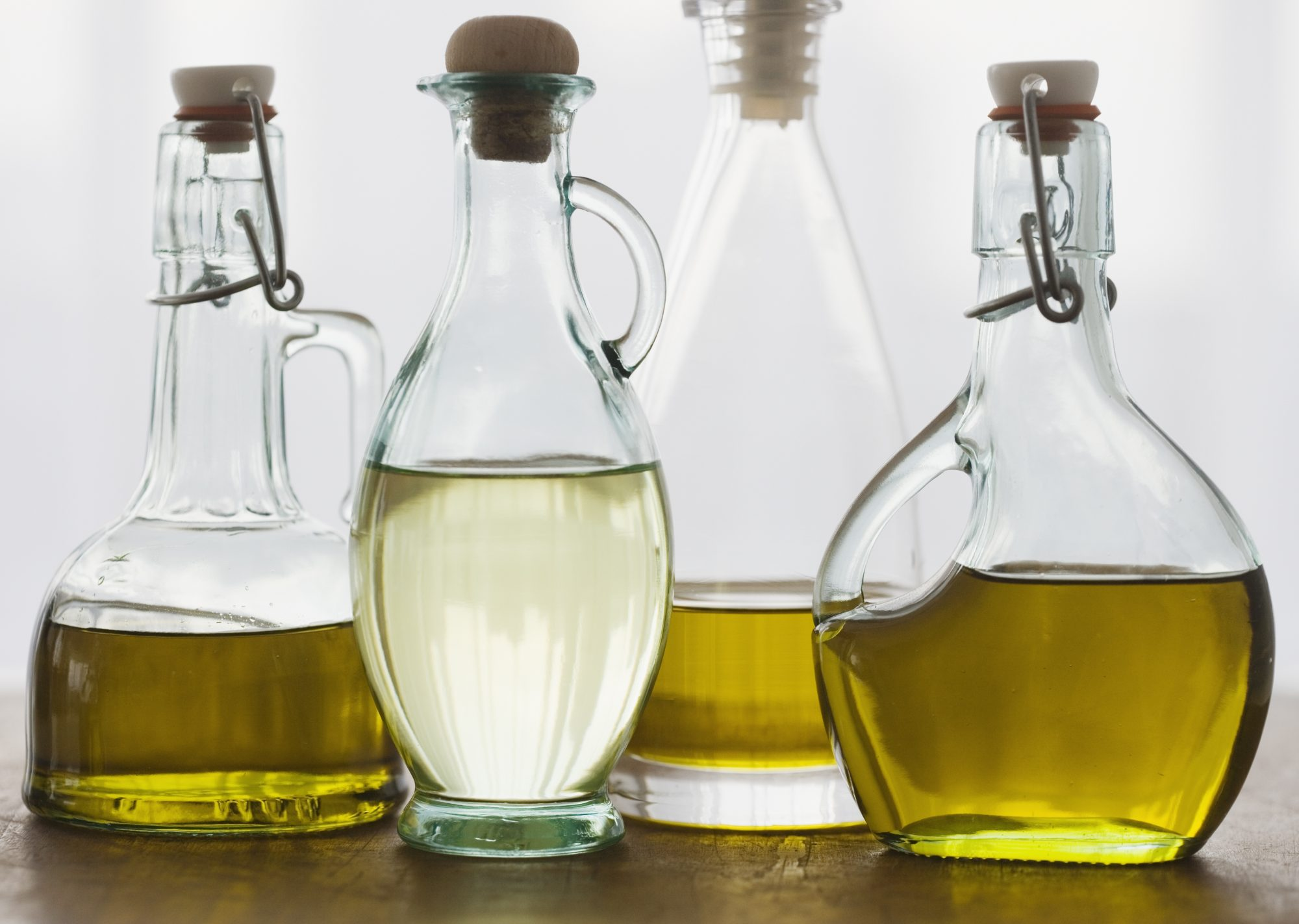 WhatÍs the Difference Between Olive Oil and Extra Virgin Olive Oil |  Southern Living