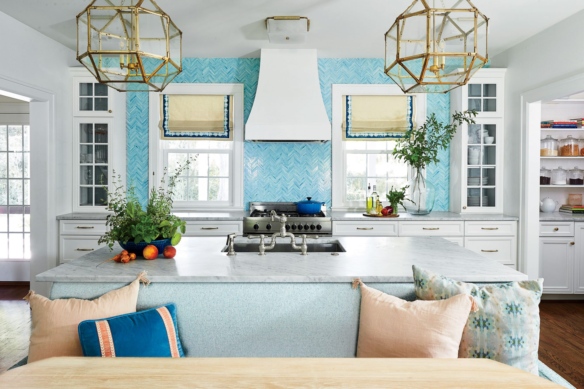 Kitchen Banquette Seating Is Trending For 2019 Southern Living