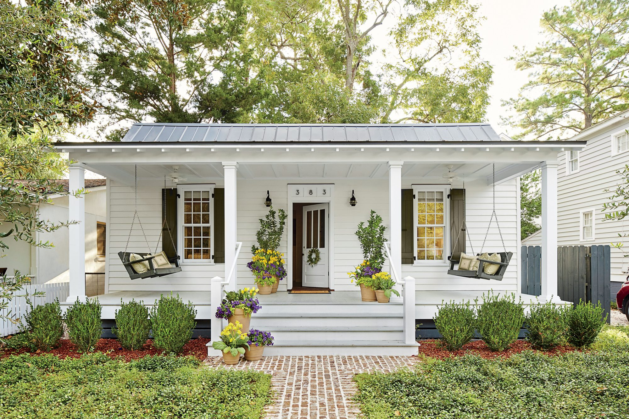 Front Porch Decorating Ideas For An Inviting Entry Southern Living