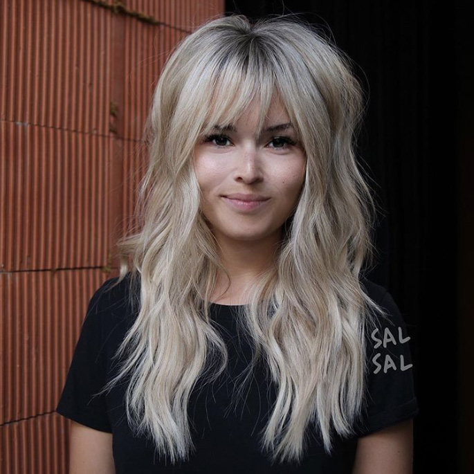 Cute Haircuts For Women With Thick Hair 39