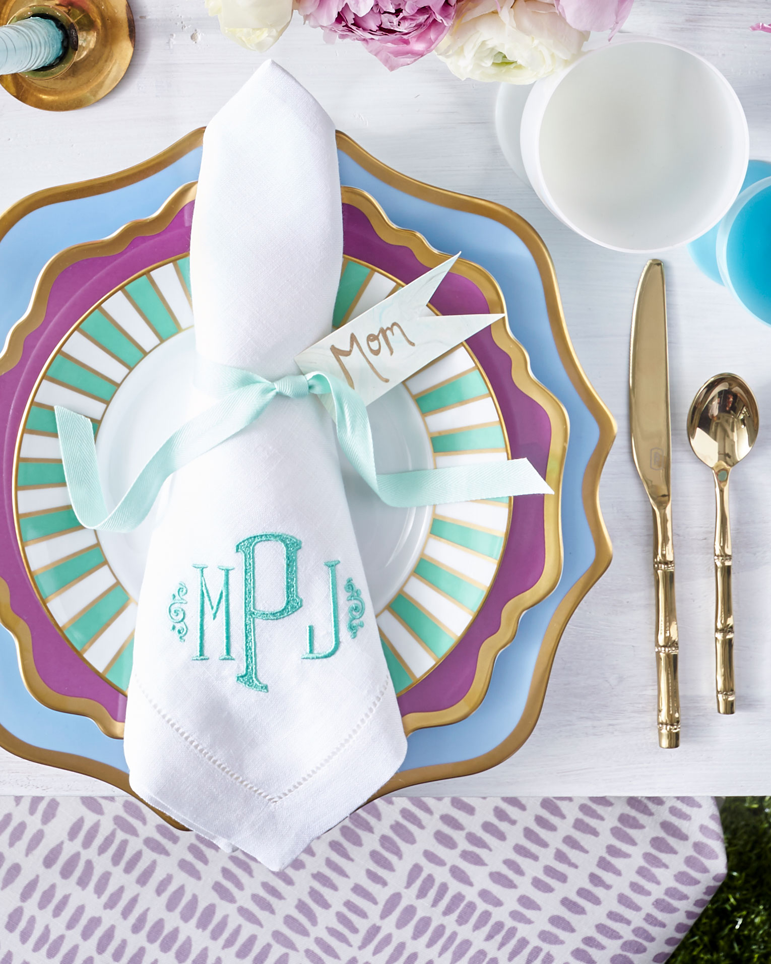 Napkin Folding Techniques To Dress Up Your Table Southern Living