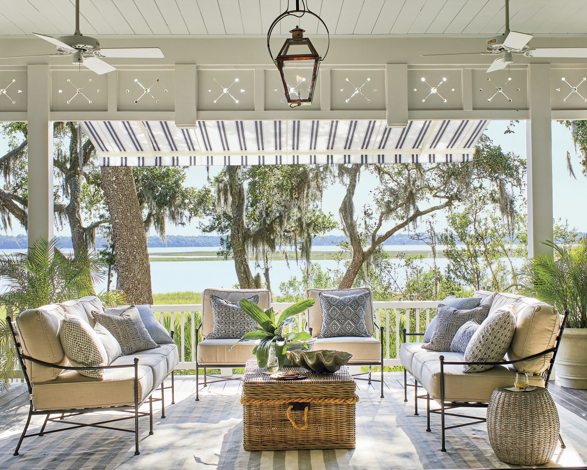 The 9 Best Outdoor Ceiling Fans Of 2021, What Is The Best Outdoor Ceiling Fan For Salt Air