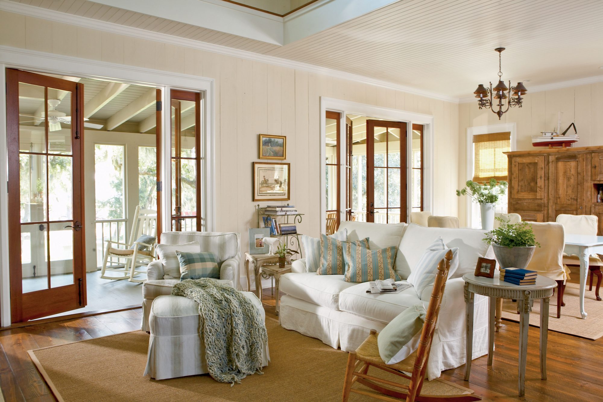 9 Comfy Cottage Rooms  Southern Living