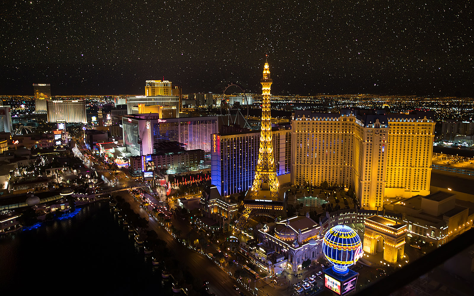 This Is The Absolute Best Day To Score Hotel Deals In Las Vegas Travel Leisure