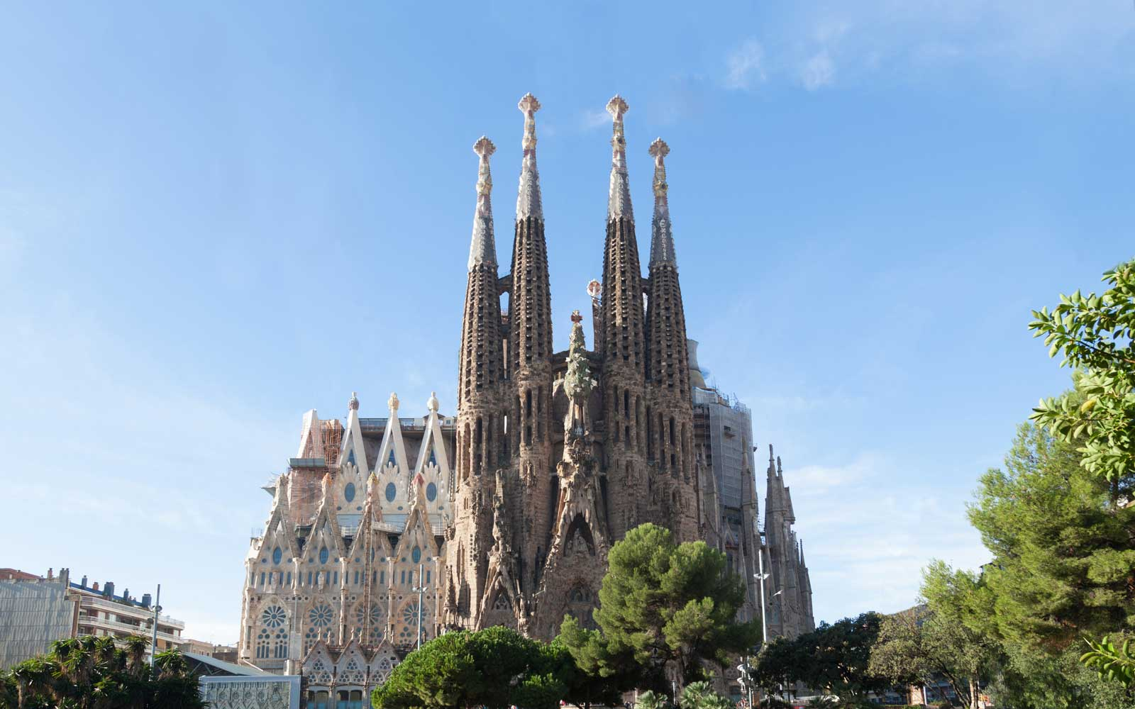 Barcelona S Sagrada Familia Breaks A New Record On Tripadvisor Travel Leisure