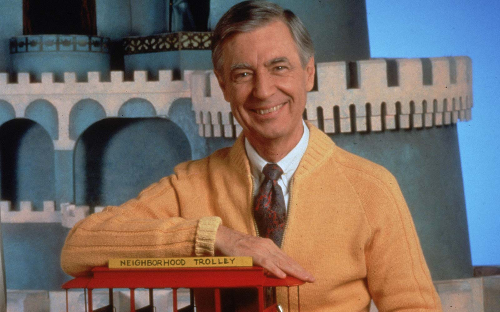 Mr Rogers Got An Adorable Tribute At The Pittsburgh Airport Travel Leisure