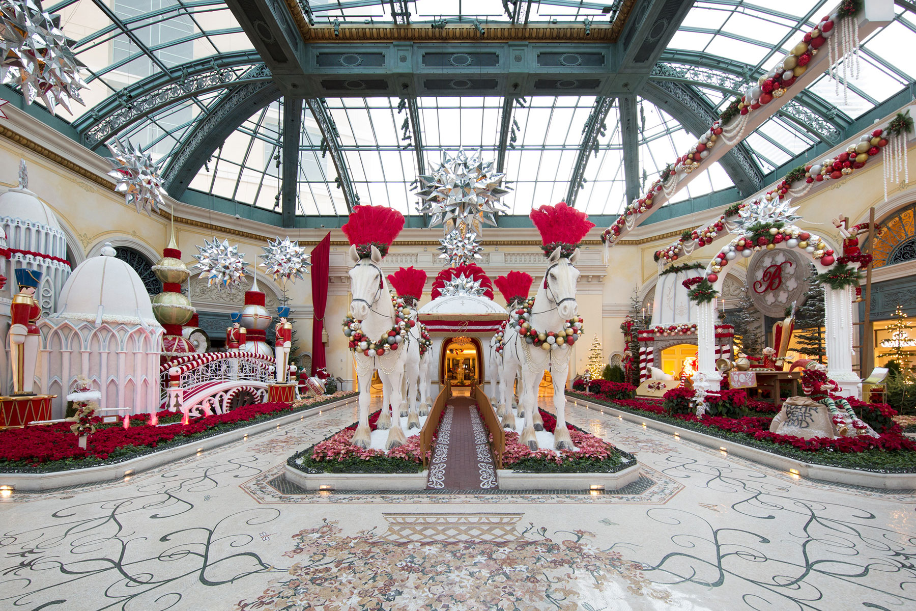 Popup Hotel Christmas Week 2021 California 15 Festive Hotels In The U S That Make The Holiday Season Even More Magical Travel Leisure