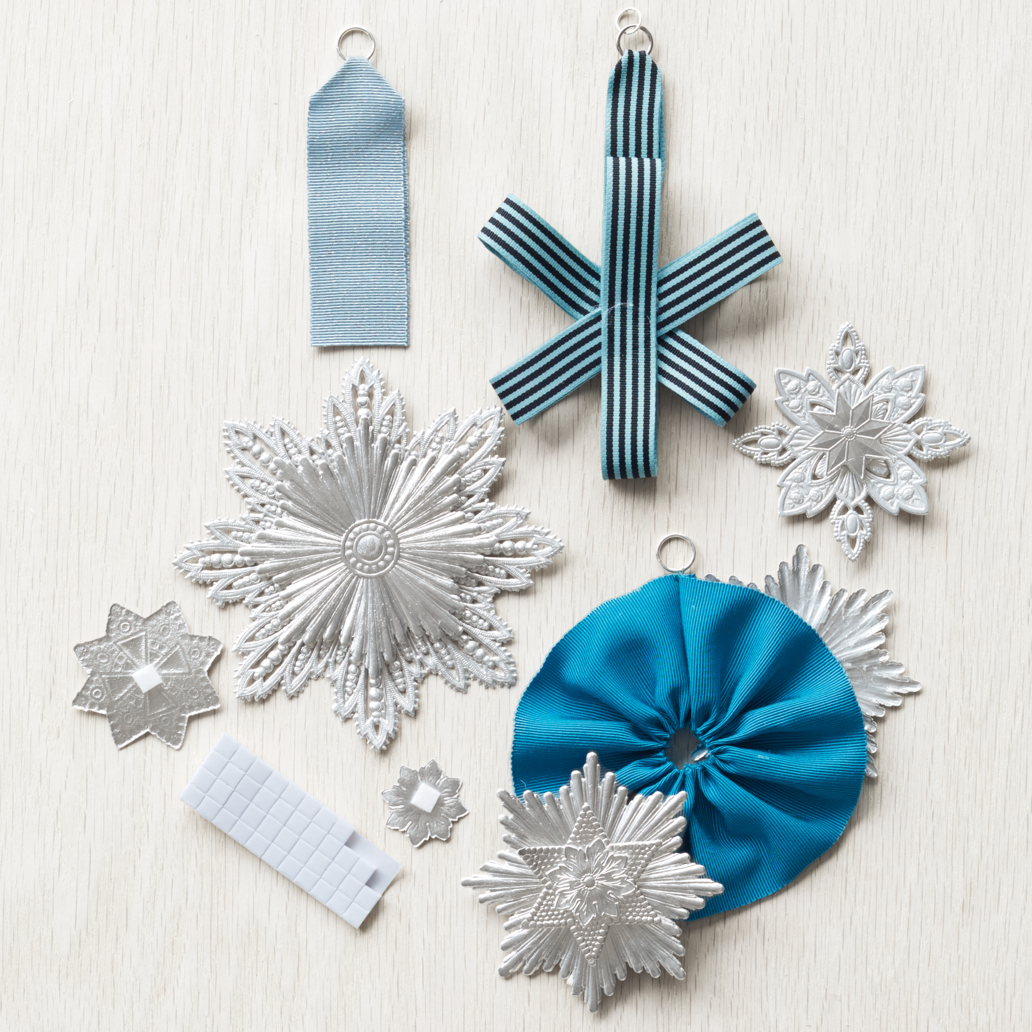 dresden-ornaments-how-to-120-d112423.jpg