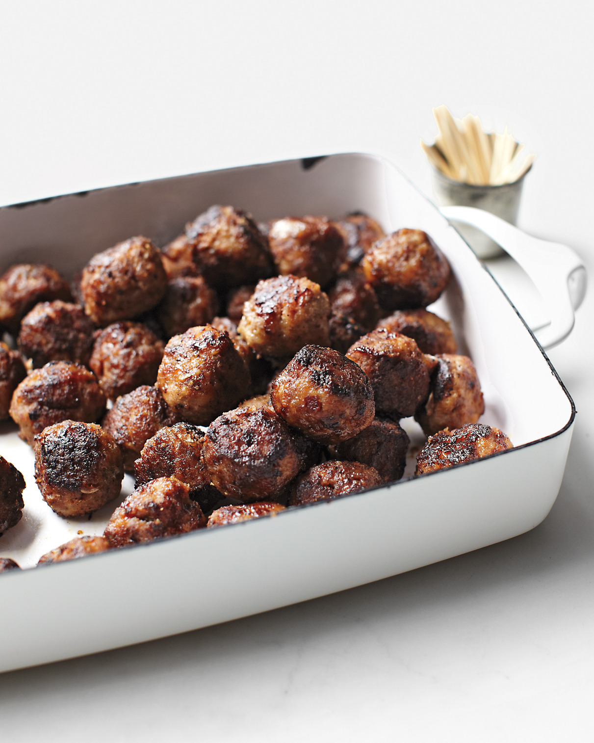 cocktail-meatballs-mld108166.jpg