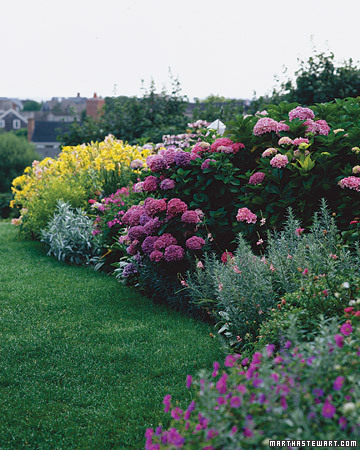 Summer Living: 60 Great Ideas for the Garden - Martha Stewart