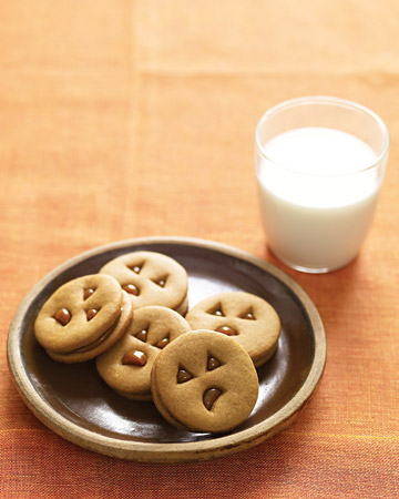 Jack-o'-Lantern Spice Cookies