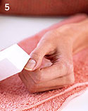 bas_may06_manicure_ht5_m.jpg