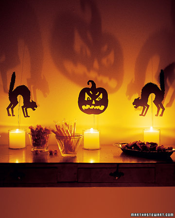 Halloween Decorating Ideas on Halloween  Indoor Halloween Decorations   Martha Stewart