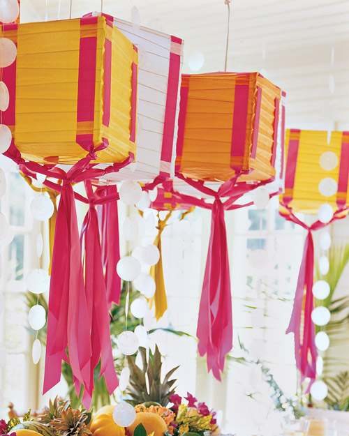 Ribbon Lanterns | Step-by-Step | DIY Craft How To's and ...