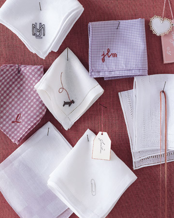 Embroidered Napkins | Step-by-Step | DIY Craft How To's and