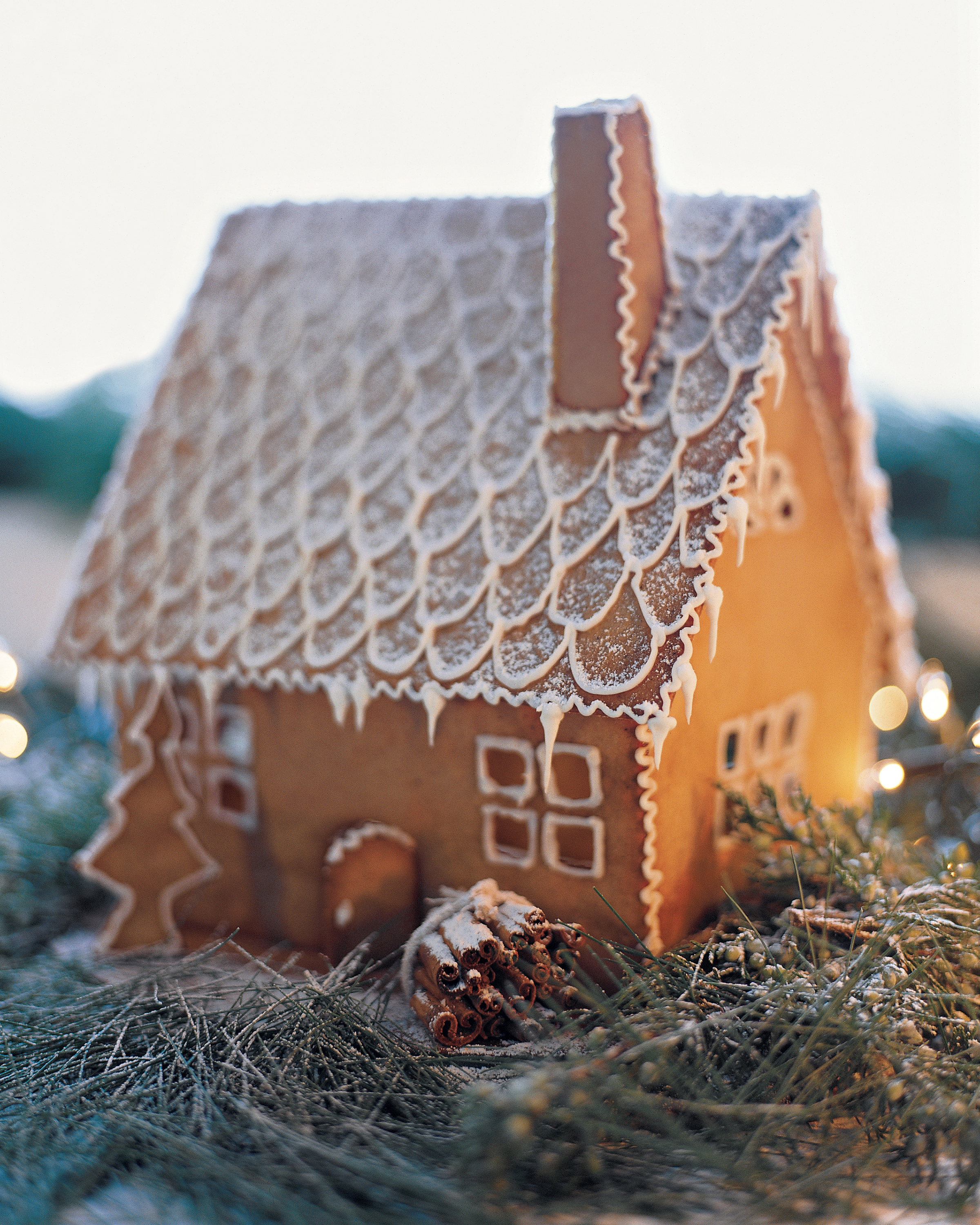 Swedish Gingerbread House How-To