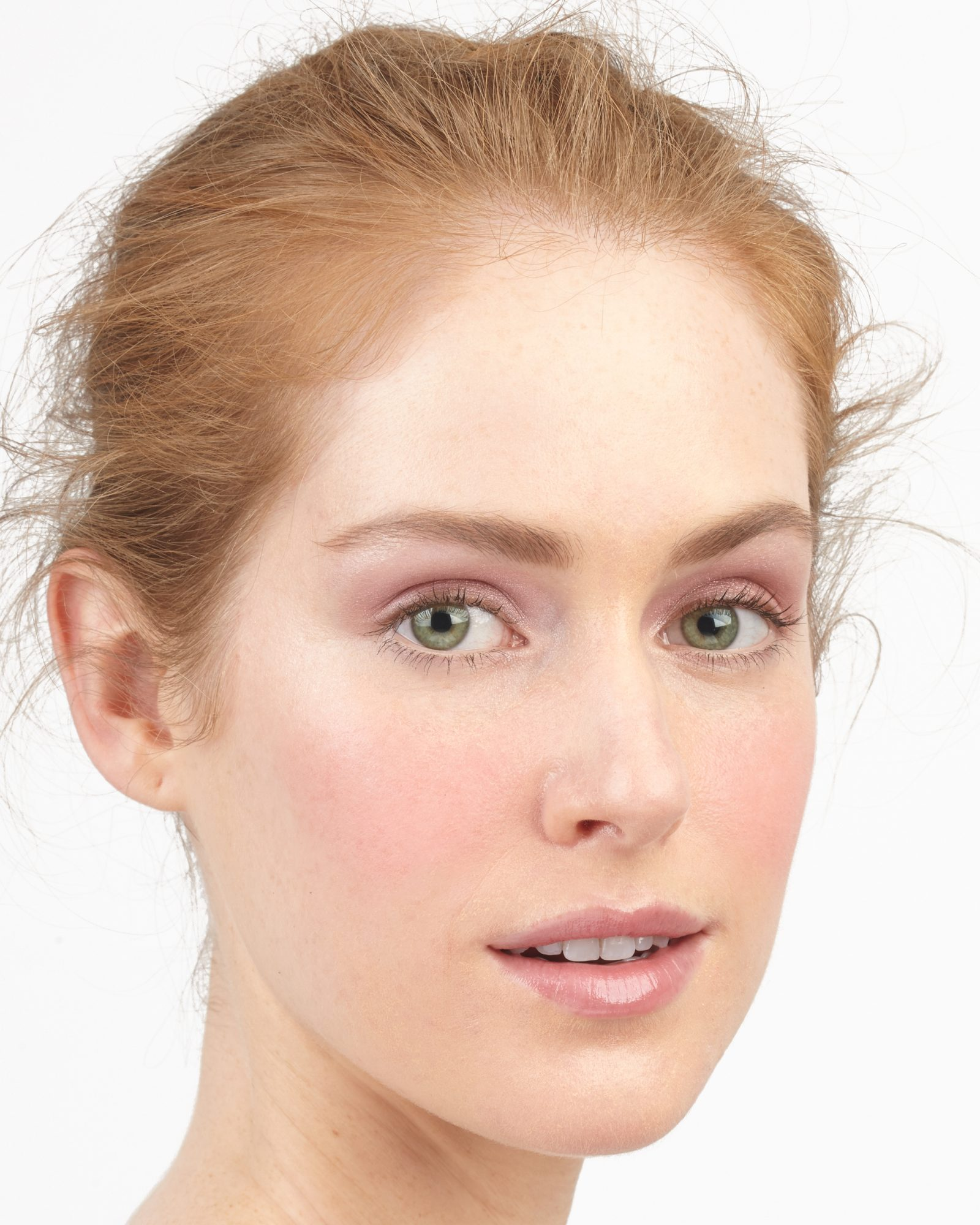 12 Natural Wedding Makeup Looks for Your Big Day  Martha Stewart