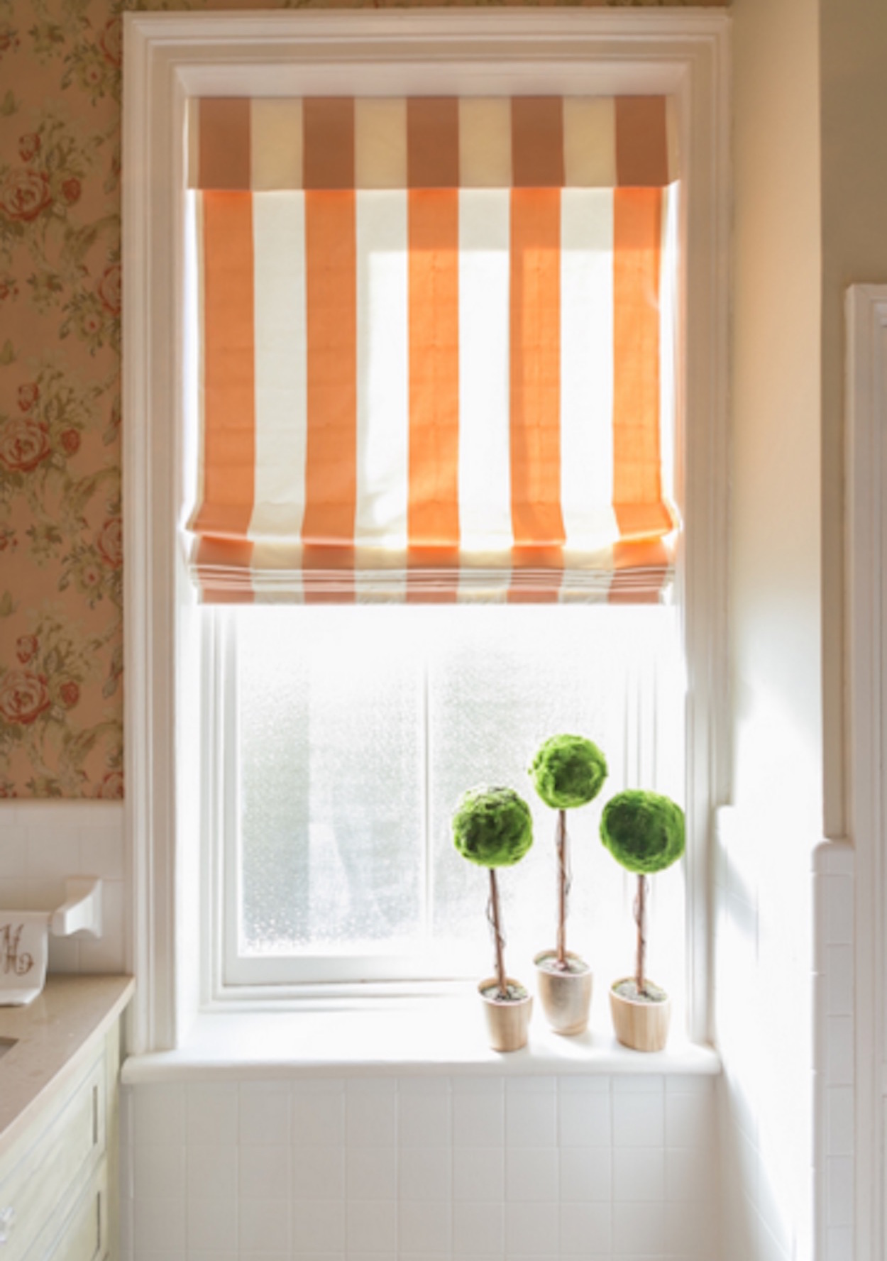 7 Different Bathroom Window Treatments You Might Not Have ...