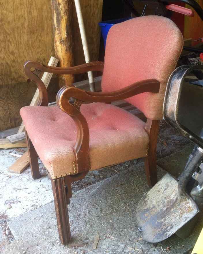 See a Pair of Dingy, Old Chairs Get Gorgeously Reupholstered for Less than $50