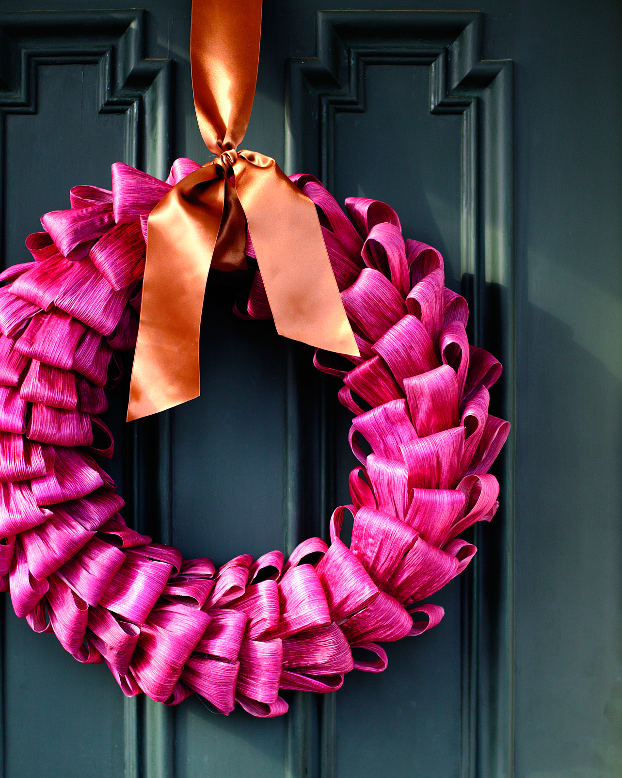 Dyed-Cornhusk Wreath