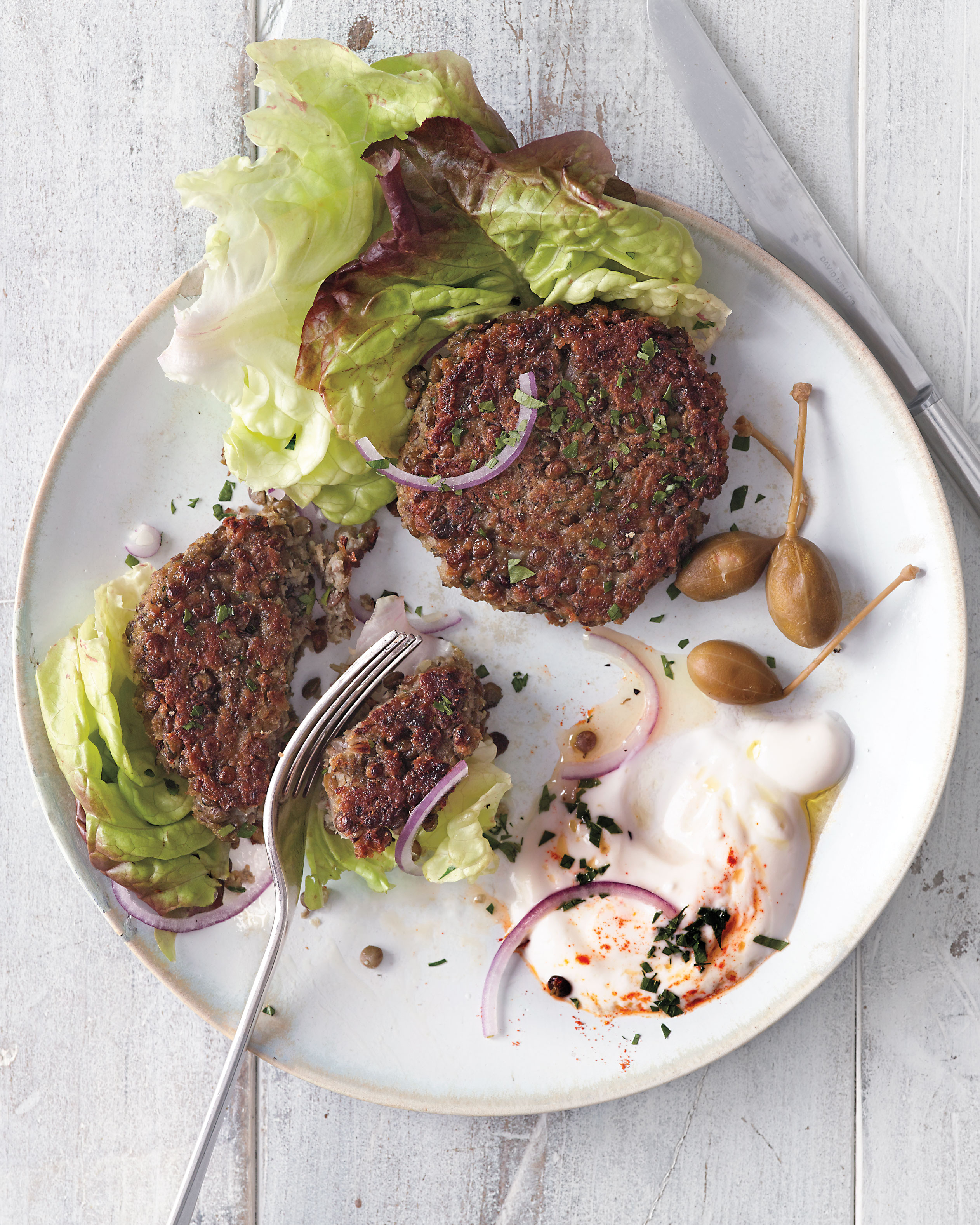Lentil Patties with Lettuce and Yogurt