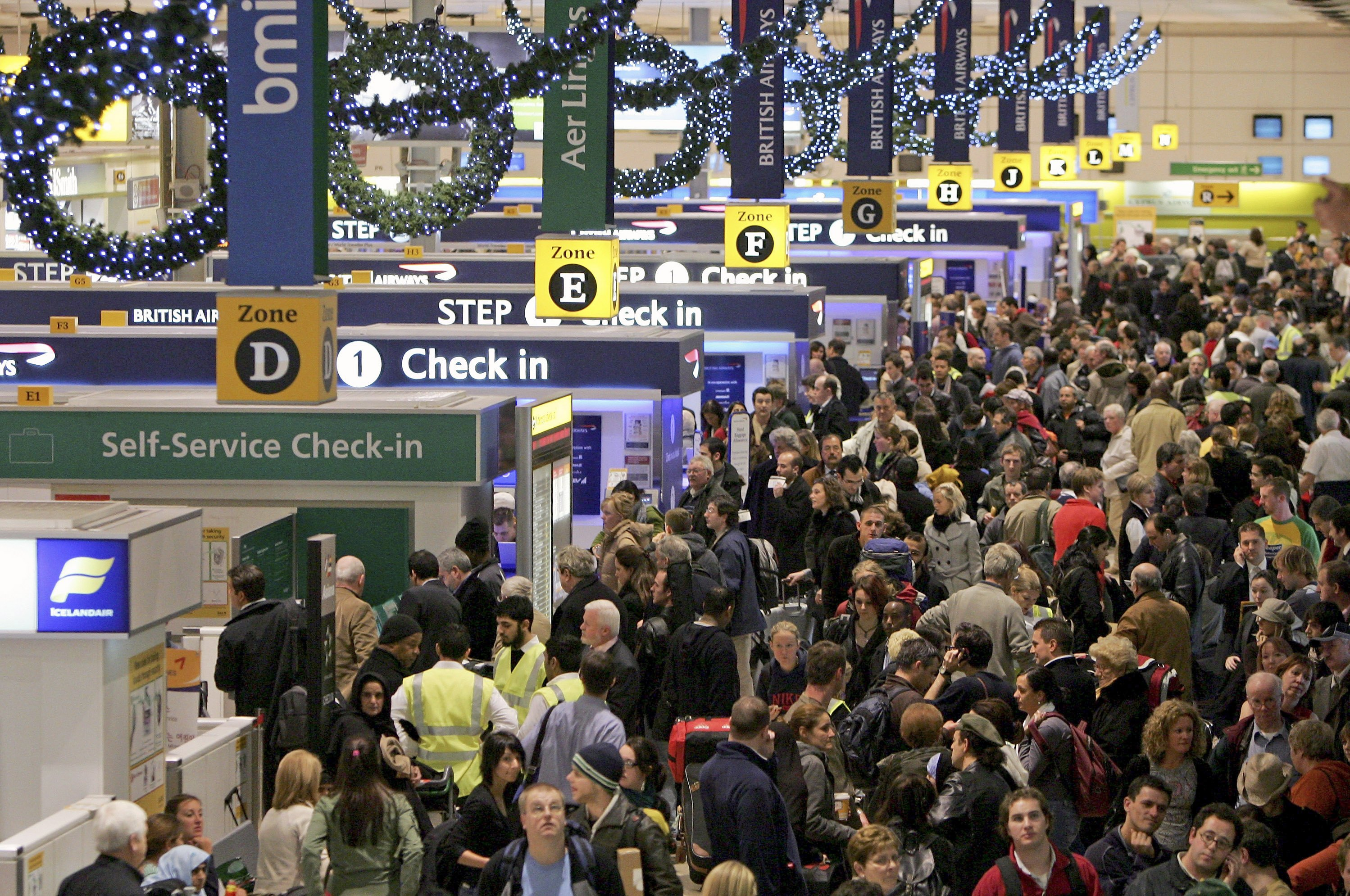 Uh-Oh! Your Thanksgiving Flight is About to Get More Crowded
