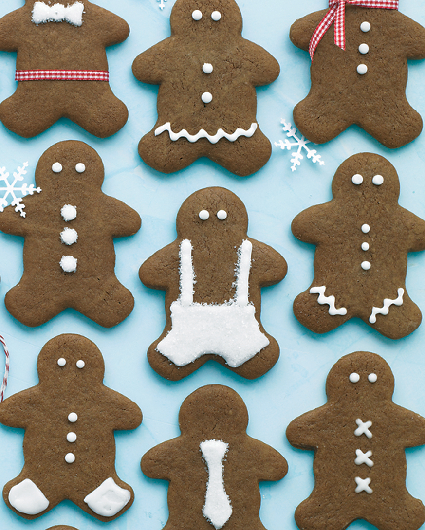 10 Thoughtful Ways You Can Spread a Little Holiday Cheer