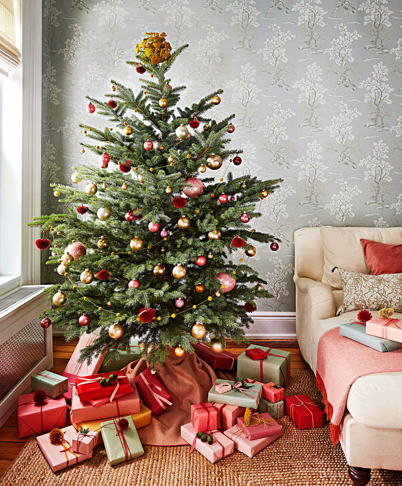 Our Most Creative Christmas Tree Decorating Ideas Martha Stewart